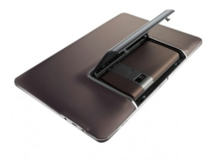 Asus officially shows off the PadFone tablet/phone combo